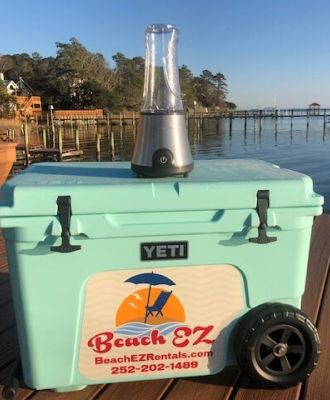 Yeti Cooler with Blender & Ice